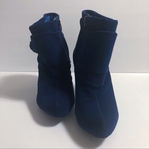 Charlotte Russe : Royal Blue Suede Ankle Boots